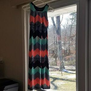 Sz 7 Maxi Dress